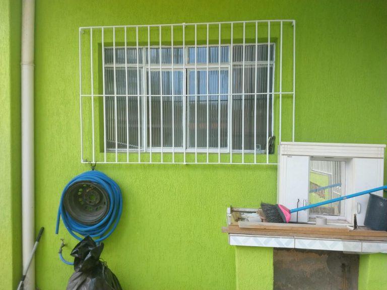 Rua Fernando Costa, n° 160